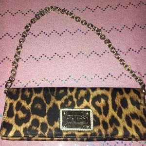Guess Los Angeles leopard clutch